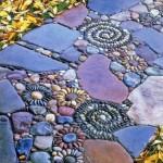 мозайка в градината