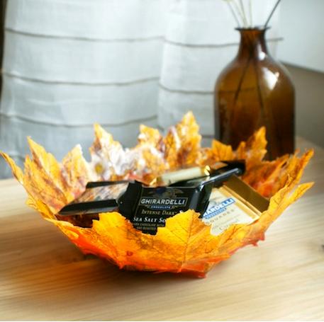 Есенна декорация с листа