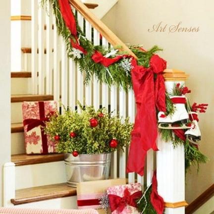 Коледни декорации за стълбище