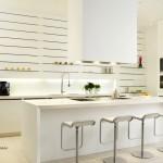 Модерна кухня в бяло (2)