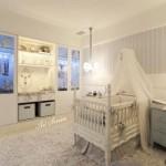 Бебешката стая (2)