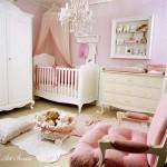 Бебешката стая (8)