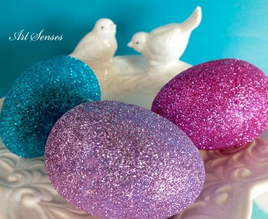 Украса на великденски яйца с брокат