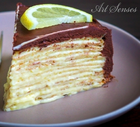 Шоколадова палачинкова торта с лимонов пълнеж