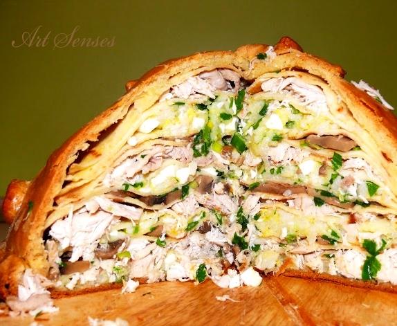 Руска пилешка палачинкова торта в тесто Курник