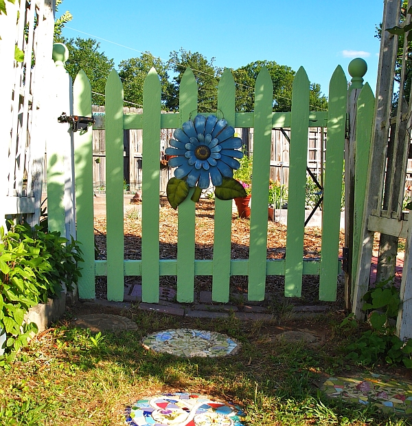 Направи си сам дървена градинска порта