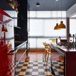 Стилен апартамент с цветни контрасти (1)