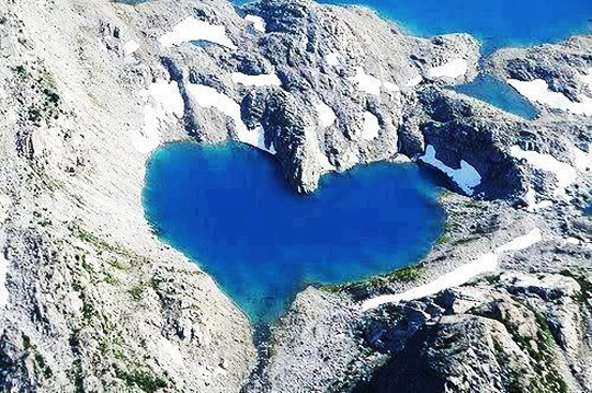 Езера с форма на сърце (9)