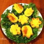 Красиви яйчени мъфини със сирена и прошуто