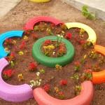 Идеи за градински декорации със стари гуми (14)