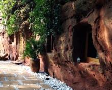 Да превърнеш пещерата в дом (4)