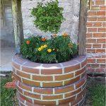 Декоративен градински кладенец от автомобилни гуми (2)